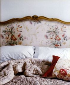 This Ivy House — thisivyhouse: Silk quilt Home Bedroom, Bedroom Decor, Decor Room, Design Bedroom, Sweet Home, Ivy House, Bedroom Vintage, French Country Decorating, Beautiful Bedrooms