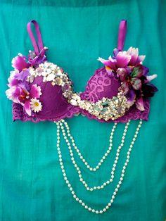 #ravebra #whythecagedbirdsings @Elena Kovyrzina Kovyrzina Kovyrzina Martinez this would be a cute rave bra for you