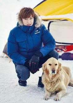 This coming fall and winter, Lee Min Ho will be reveling in the outdoors with his pooch(es) without a worry about the dipping temperatures because he'll be cozy while looking trendy in EIDER&… Boys Before Flowers, Boys Over Flowers, Jung So Min, Asian Actors, Korean Actors, Asian Celebrities, Lee And Me, Lee Min Ho Photos, Park Shin Hye