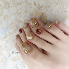 冬/フット - in 2020 Cute Toe Nails, Cute Acrylic Nails, Fancy Nails, Bling Nails, Swag Nails, Toe Nail Color, Toe Nail Art, Nail Colors, Korean Nail Art