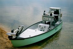 The Low Tide 25 combines the benefits of an ultra-shallow drafting canoe and a traditional skiff to create one of the most versatile micro skiffs on the market. Free Boat Plans, Wood Boat Plans, Model Boat Plans, Boat Building Plans, Small Fishing Boats, Small Boats, Shallow Water Boats, Pesca Sub, John Boats