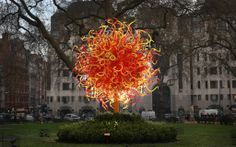 """Dale Chihuly, """"The Sun"""", Sculpture, Blown Glass, Mayfair's Berkeley Square, London, England, 2014"""