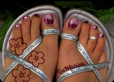 toenail painting pictures | ... toenail art designs with a little imagination and some nail art