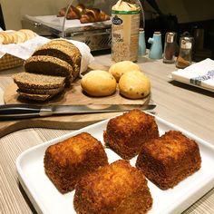 Breakfast B & B, Lilac, French Toast, Muffin, Boutique, Breakfast, Food, Morning Coffee, Essen