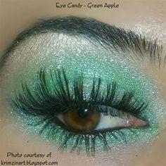 TheBodyNeeds Mineral Eye Shadow - Green Apple