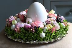 Pin by Marion Petry on Suppenküche Tischdeko Diy Osterschmuck, Tissue Paper Flowers, Diy Easter Decorations, Original Gifts, Deco Table, Easter Treats, Spring Recipes, Holidays And Events, Easter Eggs