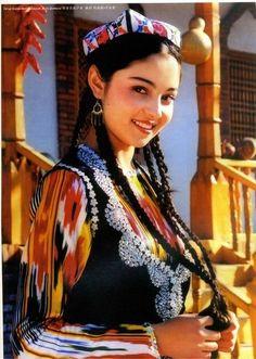 Uighur Turkic girl, west Chinese Turkestan |  Uyğur kızı - Çin Türkistan Orta Asya Turan halkı