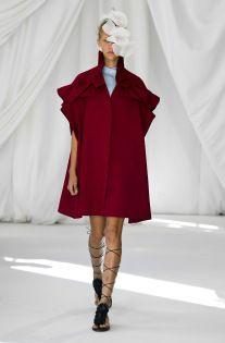 Delpozo Spring 2019 Ready-to-Wear Fashion Show Collection: See the complete Delpozo Spring 2019 Ready-to-Wear collection. Look 6 Moda Fashion, Vogue Fashion, Fashion 2020, Runway Fashion, Fashion News, Spring Fashion, Fashion Outfits, London Fashion Weeks, Couture Mode