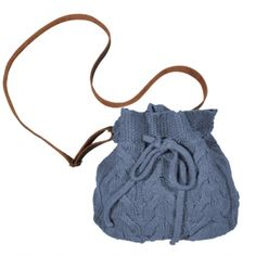 Bolso saco con trenzas. Tienda Brownie www.arteanet.com
