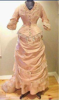 "Robe habillée en soie ""lily"""