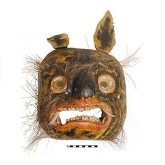 in-the-horniman:    Wooden dance mask from Mexico