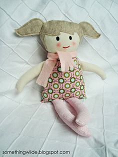 Black Apple Doll found here: http://somethingwilde.blogspot.com/2010/09/maddies-doll.html