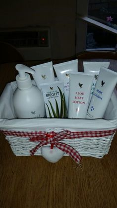 My personal use product pack basket, consists of Aloe Hand and Face soap, Aloe Lotion, Aloe Heat Lotion, Aloe Moisturising Lotion, Aloe Vera Gelly, Forever Bright Tooth gel and Aloe Propolis creme.  I am loaning out for 3-4 days from February, I already have a booming for end of January.  Want to know more? Please visit my http://www.healeraloe.flp.com