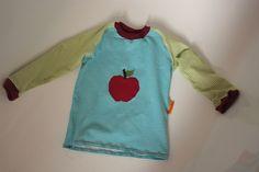 Raglanshirt mit appliziertem Apfel Gr. 98/104