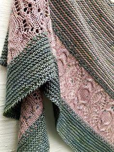 Echo Wood Knitting pattern by Boo Knits Echo Wood Strickmuster von Boo Knits Christmas Knitting Patterns, Knit Patterns, Knit Wrap Pattern, Stitch Patterns, Arm Knitting, Outlander Knitting Patterns, Knitting Needles, Paintbox Yarn, Yarn Brands