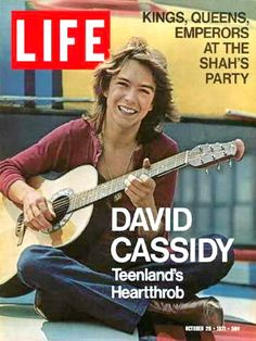 Life Magazine October 29 1971 David Cassidy - The Partridge Family VF Condition David Cassidy, Life Magazine, Magazine Stand, History Magazine, News Magazines, Vintage Magazines, Ed Vedder, Life Cover, Star David