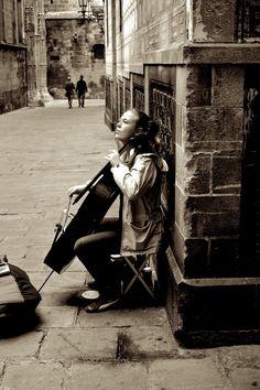 Music @ street by Matias Monteverde Giannini, via 500px