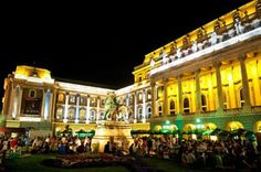 The Buda Castle Beer Festival (Budavari Sorfesztival) is one of the top festivals in Budapest, and n British Beer, Buda Castle, Beer Festival, Upcoming Events, Holidays And Events, Hungary, Budapest, Paris Skyline, Street View