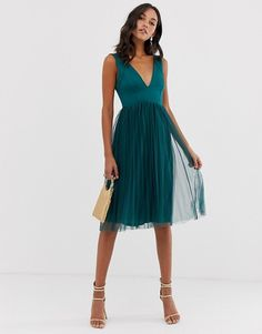 Browse online for the newest ASOS DESIGN Scuba Top Tulle Midi Dress styles. Shop easier with ASOS' multiple payments and return options (Ts&Cs apply). Ball Dresses, Tutu, Fashion Online, Fitness Models, Curves, Asos, Maternity, Outfits, Delivery