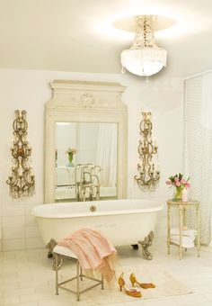 Casa Mon Amour Bathroom by Chantal Cloutier vintage and modern ❤•❦•:*´¨`*:•❦•❤