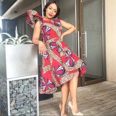 Trendy Ankara Styles For 2019 African Wear Dresses, African Attire, African Outfits, African Fashion Traditional, Traditional Dresses, Africa Fashion, Ethnic Fashion, Beautiful South African Women, Trendy Ankara Styles