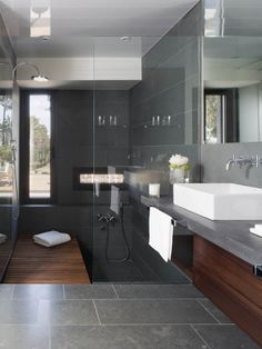 Modern Bathroom Design, Lagula Villa Wow. Not sure about relaxing in that tub though ??