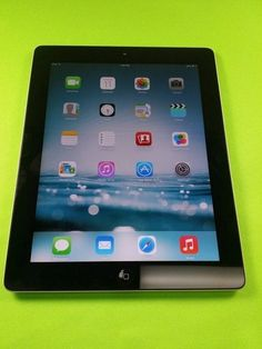 "Apple iPad 2 2nd Generation  32GB  9.7"" Tablet with Wi-Fi VERIZON 3G NEAR MINT"