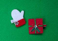 Christmas Hair Clips  Mitten & Stocking Hair by thehoneybeebasket