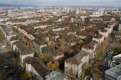 500 bytov - najstaršia sídlisková časť v Bratislave, trojposchododové tehlové domy postavené v 50. rokoch. Bratislava, Paris Skyline, History, Travel, Historia, Viajes, Destinations, Traveling, Trips