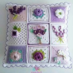 Crochet Granny Square Pattern Flower Afghans Ideas For 2019 Crochet Cushion Cover, Crochet Pillow Pattern, Crochet Cushions, Granny Square Crochet Pattern, Crochet Flower Patterns, Crochet Squares, Crochet Granny, Crochet Motif, Crochet Flowers