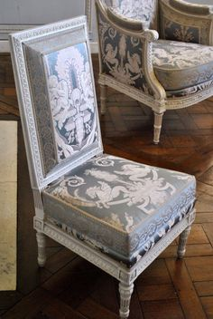lesliaisonsdemarieantoinette:  LES LIAISONS DE MARIE ANTOINETTE   DETAILED IMAGE OF THE CHAIRS IN MARIE ANTOINETTE'S BOUDOIR IN THE PETIT TRIANON   PHOTO, THE SWELLE LIFE   #swag