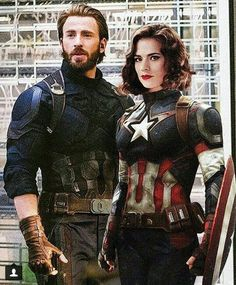 Chris evans and peggy carter Marvel Fanart, Marvel Dc Comics, Marvel Heroes, Marvel Avengers, Marvel News, Chris Evans Captain America, Marvel Captain America, Hayley Atwell Captain America, Captain America Pictures