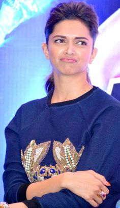Deepika Padukone at Happy New Year Press Meet