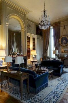Marvelous Home Design Architectural Drawing Ideas. Spectacular Home Design Architectural Drawing Ideas. French Interior, Classic Interior, French Decor, Home Interior, Interior Architecture, Interior Design, Living Room Designs, Living Room Decor, Elegant Homes