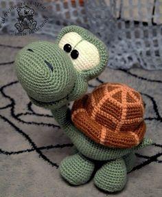 Mesmerizing Crochet an Amigurumi Rabbit Ideas. Lovely Crochet an Amigurumi Rabbit Ideas. Crochet Turtle, Giraffe Crochet, Crochet Animal Amigurumi, Crochet Gratis, Crochet Animal Patterns, Crochet Bear, Crochet Baby Hats, Stuffed Animal Patterns, Thread Crochet