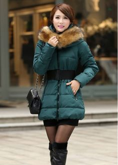 Warm Long Sleeve Faux Fur Collar Thickened Cotton Coat Green with cheap wholesale price, buy Warm Long Sleeve Faux Fur Collar Thickened Cotton Coat Green at wholesaleitonline.com !
