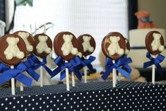 What is cuter than a birthday party with a teddy bear theme? How about a birthday party with a double teddy bear theme? Teddy Bears make for GREAT birthday… What Is Cute, Teddy Bear Birthday, Teddy Bear Baby Shower, Bear Theme, Lollipops, Childrens Party, Gingerbread Cookies, Party Planning, Birthday Parties