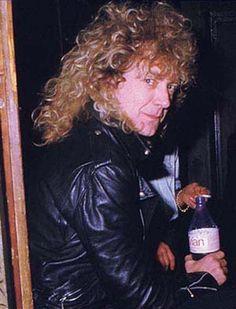 Robert Plant - Photo posted by percyxd - Robert Plant - Fan club album