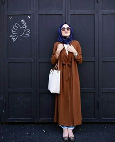 Senasaveer Hijab Chic, Casual Hijab Outfit, Hijab Dress, Dress Skirt, Abaya Style, Hijab Style, Islamic Fashion, Muslim Fashion, Modest Fashion