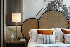Home Interior Salas Spirits - Picture gallery Home Bedroom, Modern Bedroom, Bedroom Decor, 60s Bedroom, Bedroom Black, Bedroom Wall, Master Bedroom, Estilo Soho, High Ceiling Bedroom