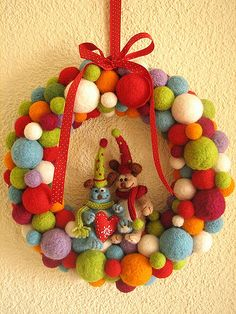 Take out those animals and replace with something Christmasy and that would look totally cute with the wool felt garland Felt Christmas, Christmas Time, Christmas Wreaths, Christmas Crafts, Christmas Decorations, Xmas, Christmas Ornaments, Holiday Decor, Button Ornaments
