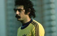 Roberto Rivelino marcou seis vezes em copas do mundo.