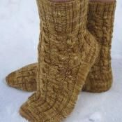Penuche Twist Socks - via @Craftsy