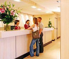 recepción hotelera - Buscar con Google