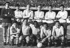 1969. Racing Club de pie Cejas, Rubén Díaz, Perfumo, Wolf, Chabay y Aguirre. Hincados Cárdenas, Rulli, Machado da Silva, Salomone y Rubén Adorno.