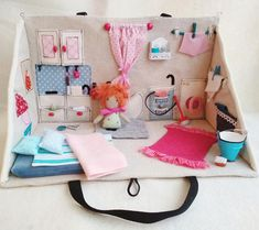 3D Fabric Travel Dollhouse Blue & Pink with Accessories /