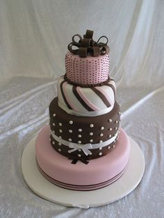 OH MY GOSH! Add zebra stripes, feathers, pearls & diamonds...PERFECT! Pink & Brown Cake