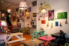 Fun place to eat in Palermo Soho BA Argentina! Shop Interior Design, Retail Design, Restaurant Design, Restaurant Bar, Eclectic Cafe, Cosy Cafe, The Old Curiosity Shop, Coffee Shop Design, Cafe Shop