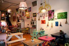 Bartola | café/restaurante que encajaría perfectamente en mi barrio de Madrid :) me muero por ir.