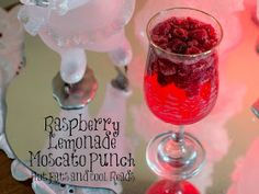 Hot Eats and Cool Reads: Raspberry Lemonade Moscato Punch Recipe